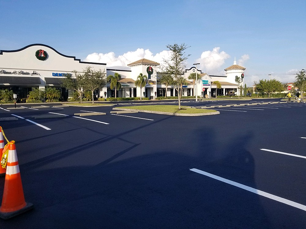 Parking lot maintenance services in Estero, Lee County